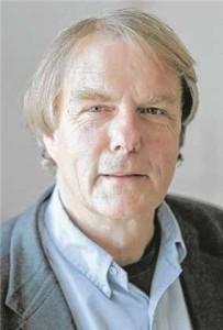 Dr-Christoph-E-Walker-60-ist-niedergelassen-als-288009m